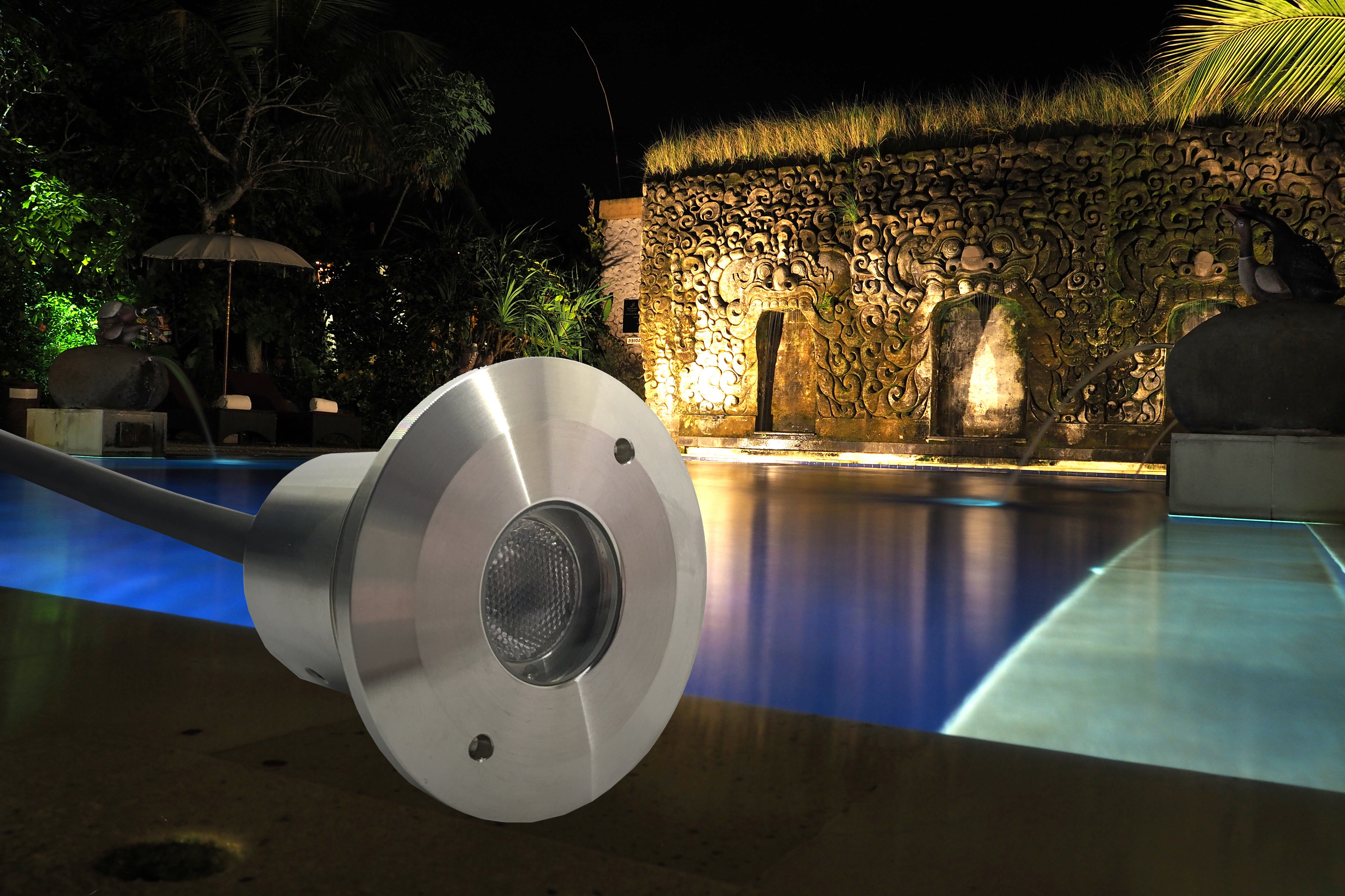 Probrite grotto light